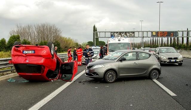 """תאונת דרכים בחו""""ל"""