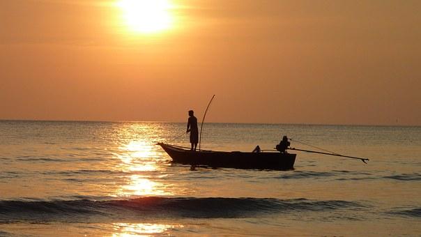 fishing-at-sunset-209112__340[1]