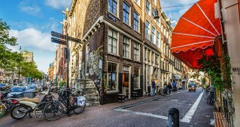 מדריך קופי שופס באמסטרדם